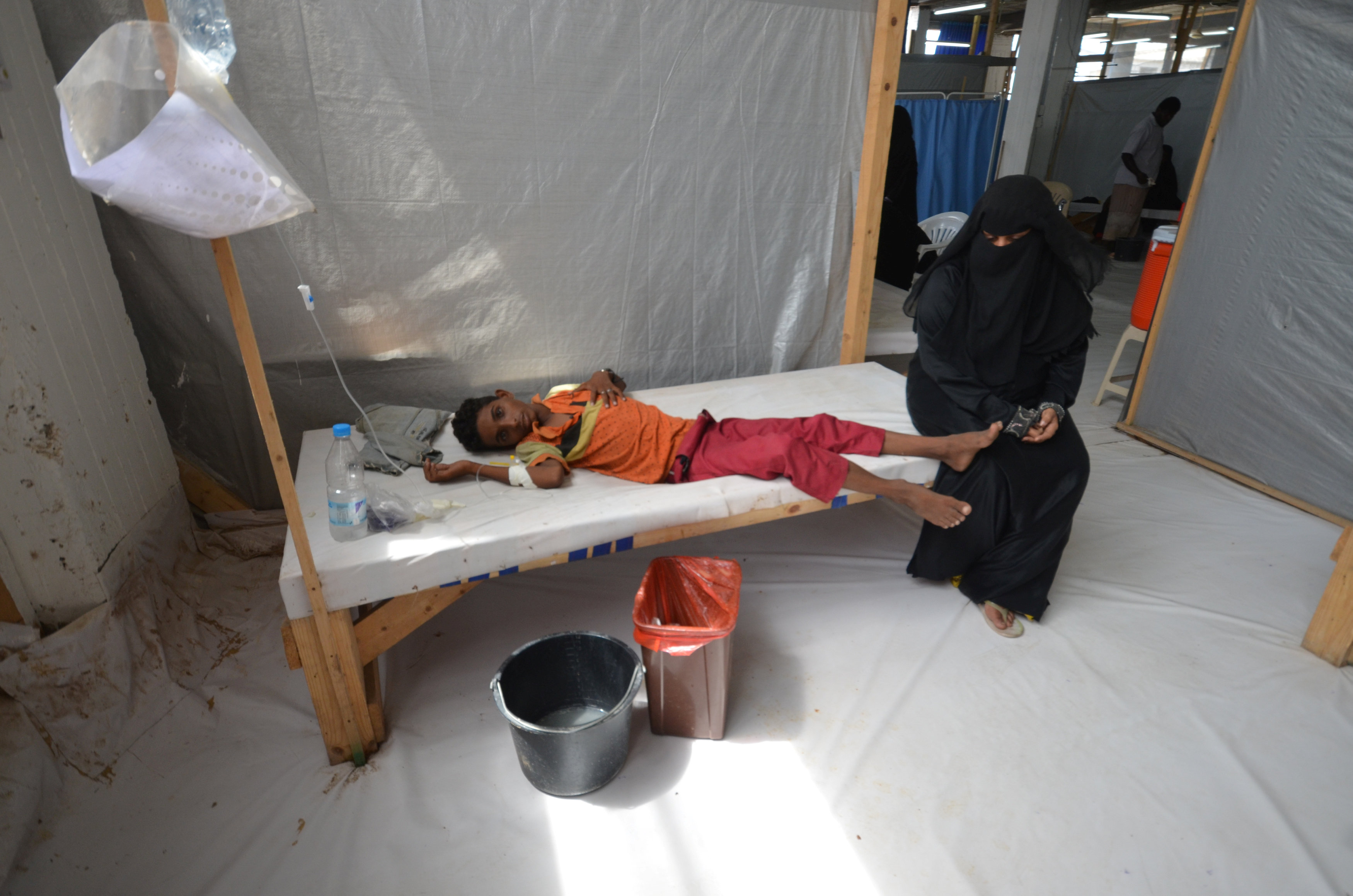Fighting, cholera wreaks misery in Yemen as shortages cripple health system