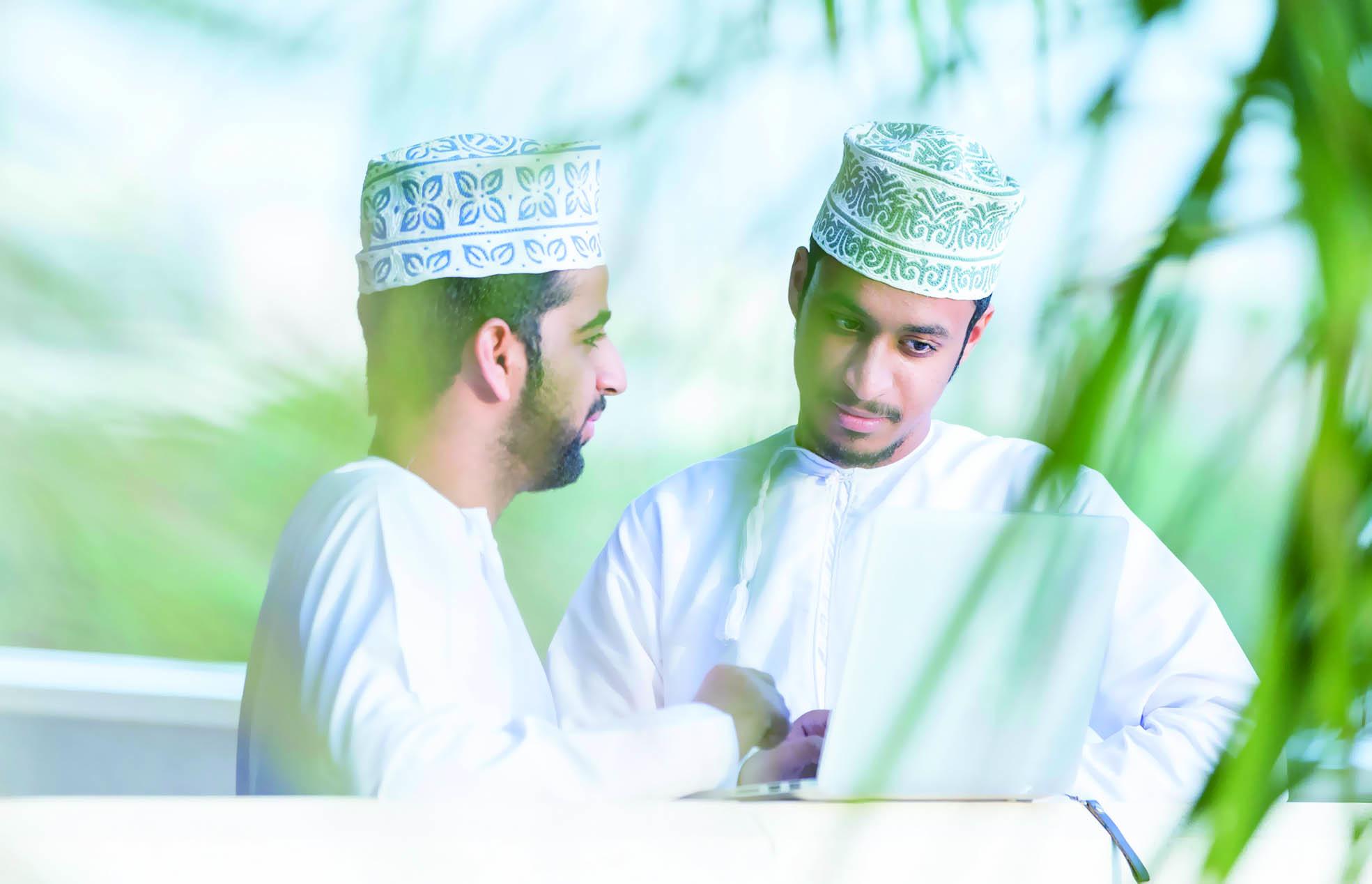 عمانتل تؤكد التزامها بنقل الاتصالات بالسلطنة إلى آفاق أرحب