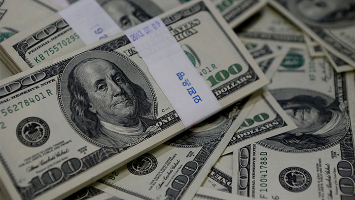 Trump, data weigh on dollar after worst fall since July