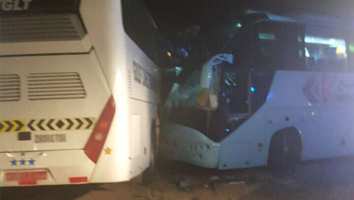 Two dead, one critical in bus crash in Oman