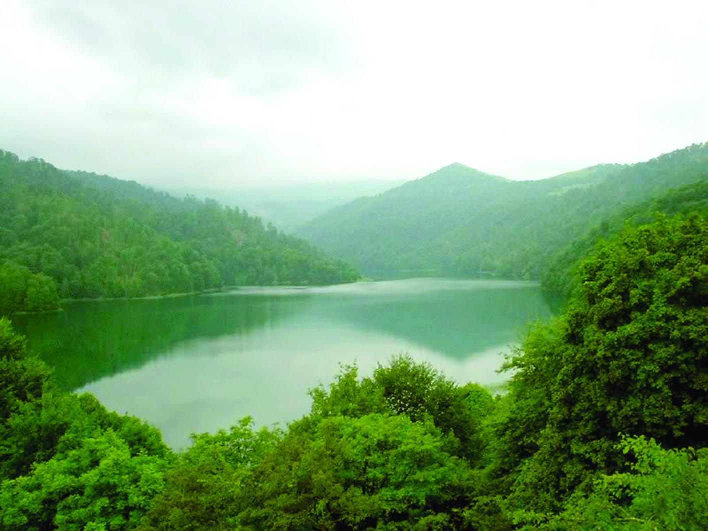 أذربيجان.. السياحة في أحضان التاريخ والطبيعة