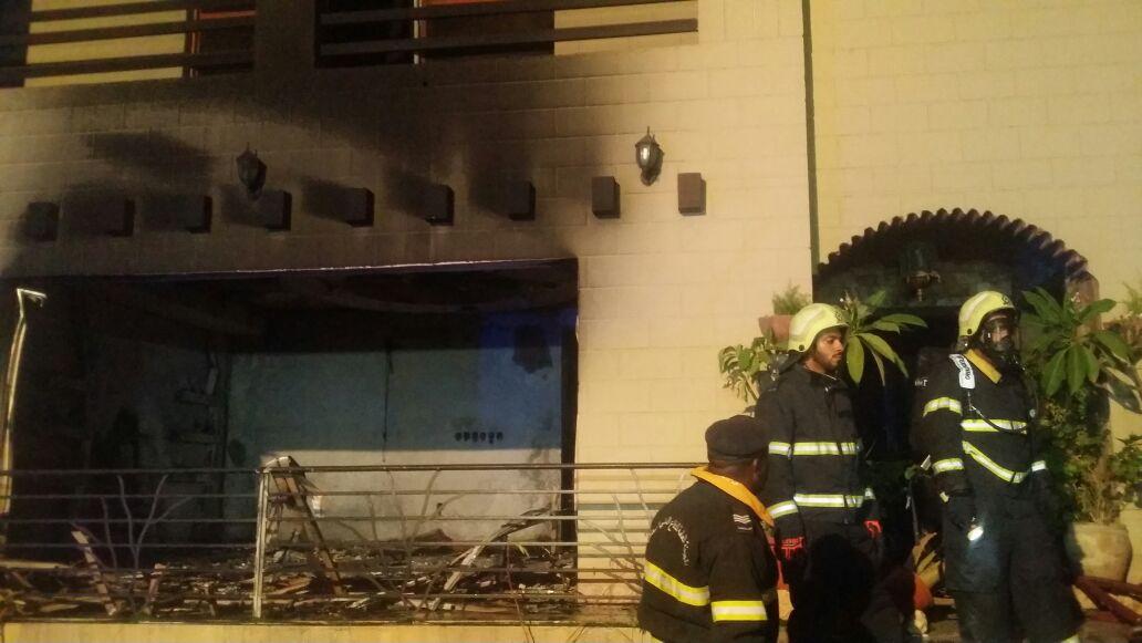 وفاة طفلة عمانية وعاملة في حريق بمنزل في المعبيلة الجنوبية