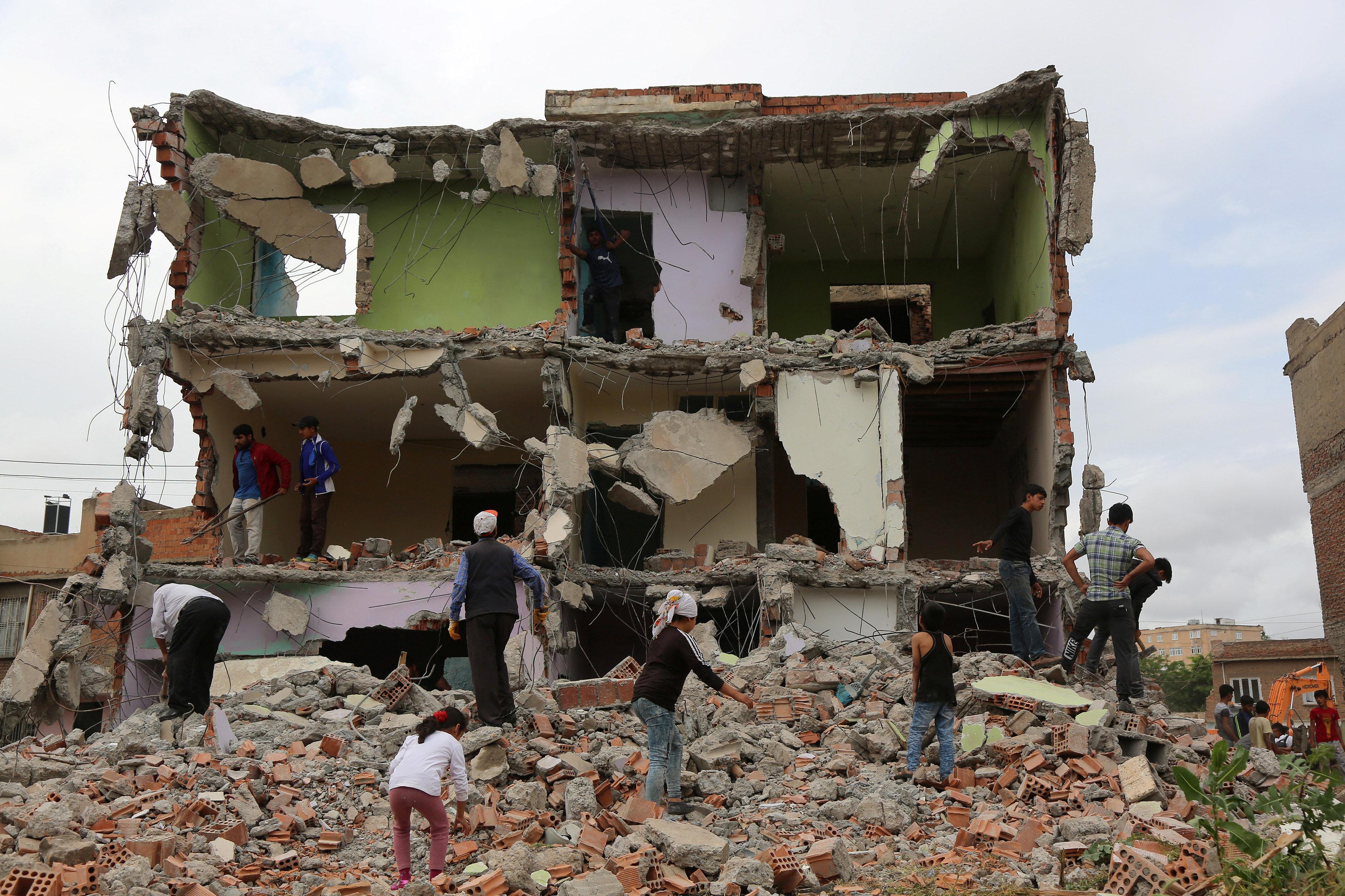 زلزال بقوة 5.1 درجة يضرب إقليم في تركيا
