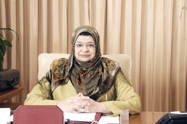وزيرة التعليم العالي تصدر قراراً وزارياً