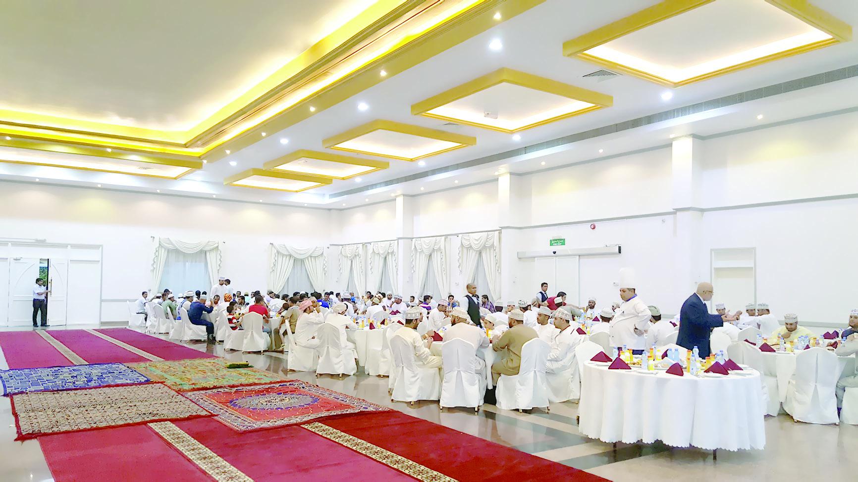 «الصفاء للأغذية» تنظمإفطاراً رمضانياً لموظفيها
