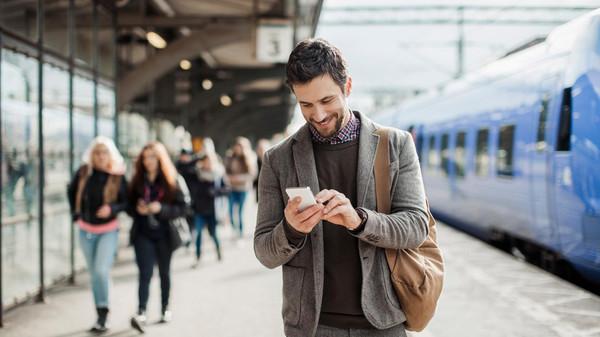 لا رسوم تجوال على مستخدمي الهواتف المحمولة في اوروبا بدءا من اليوم