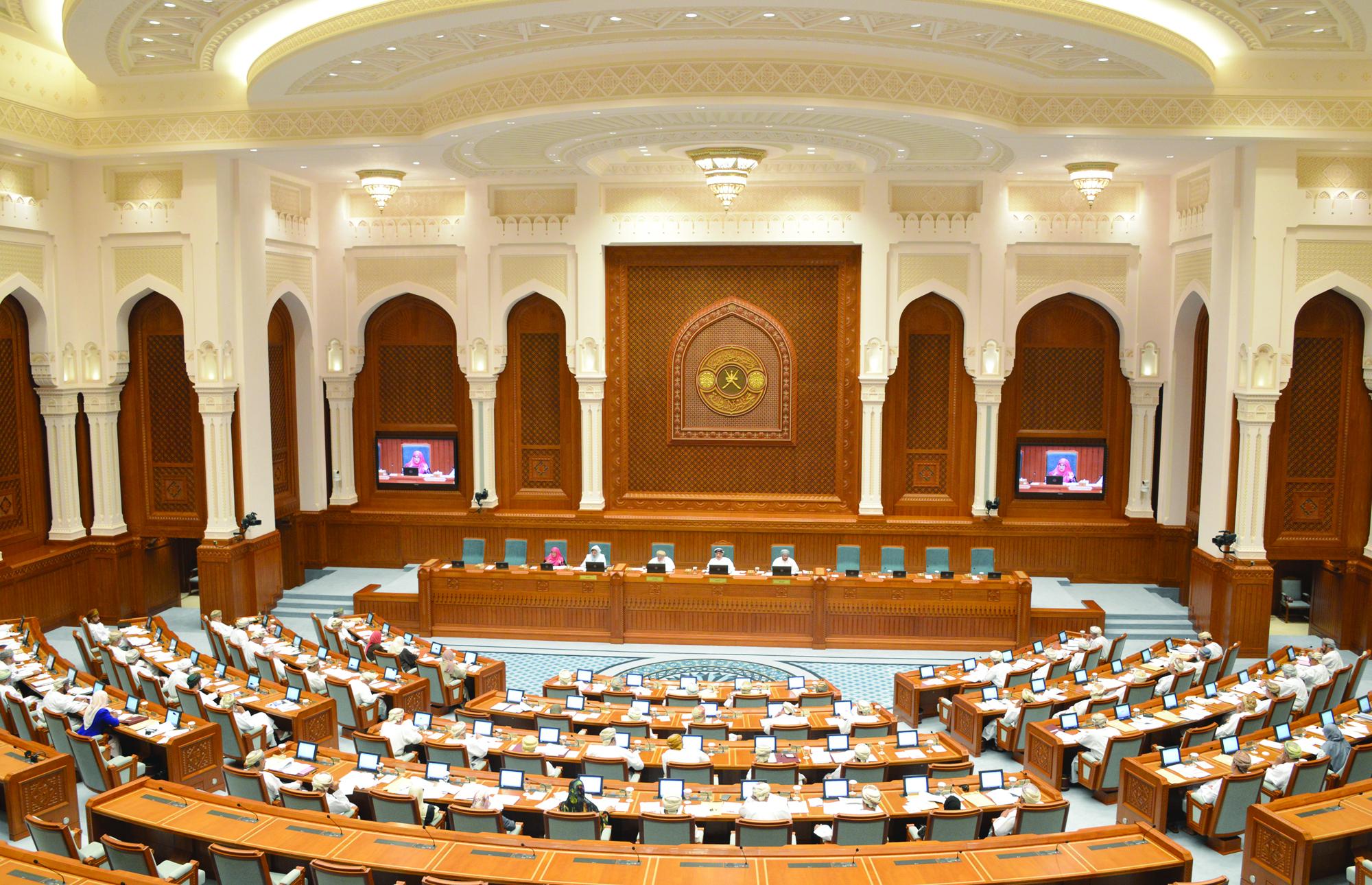 رئيس مجلس الدولة:المسيـرة الشـوريـة فـي السلطنـة تحظى باهتمام ورعاية جلالة السلطان المعظم