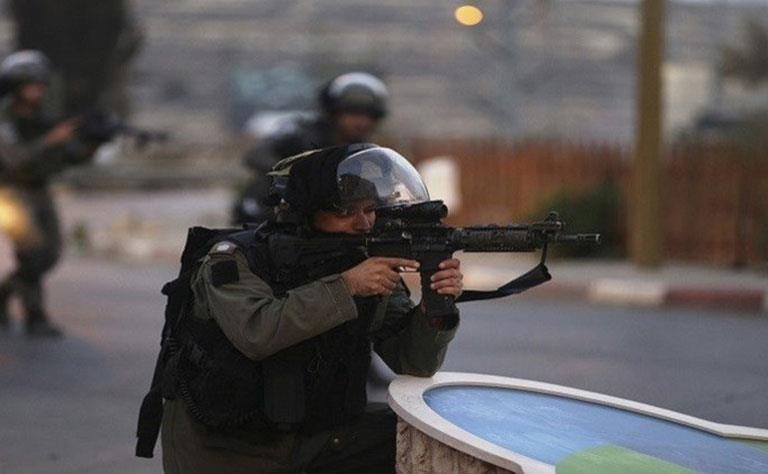 استشهاد فتاة فلسطينية متأثرة بجروح جراء إطلاق جنود الاحتلال النار عليها