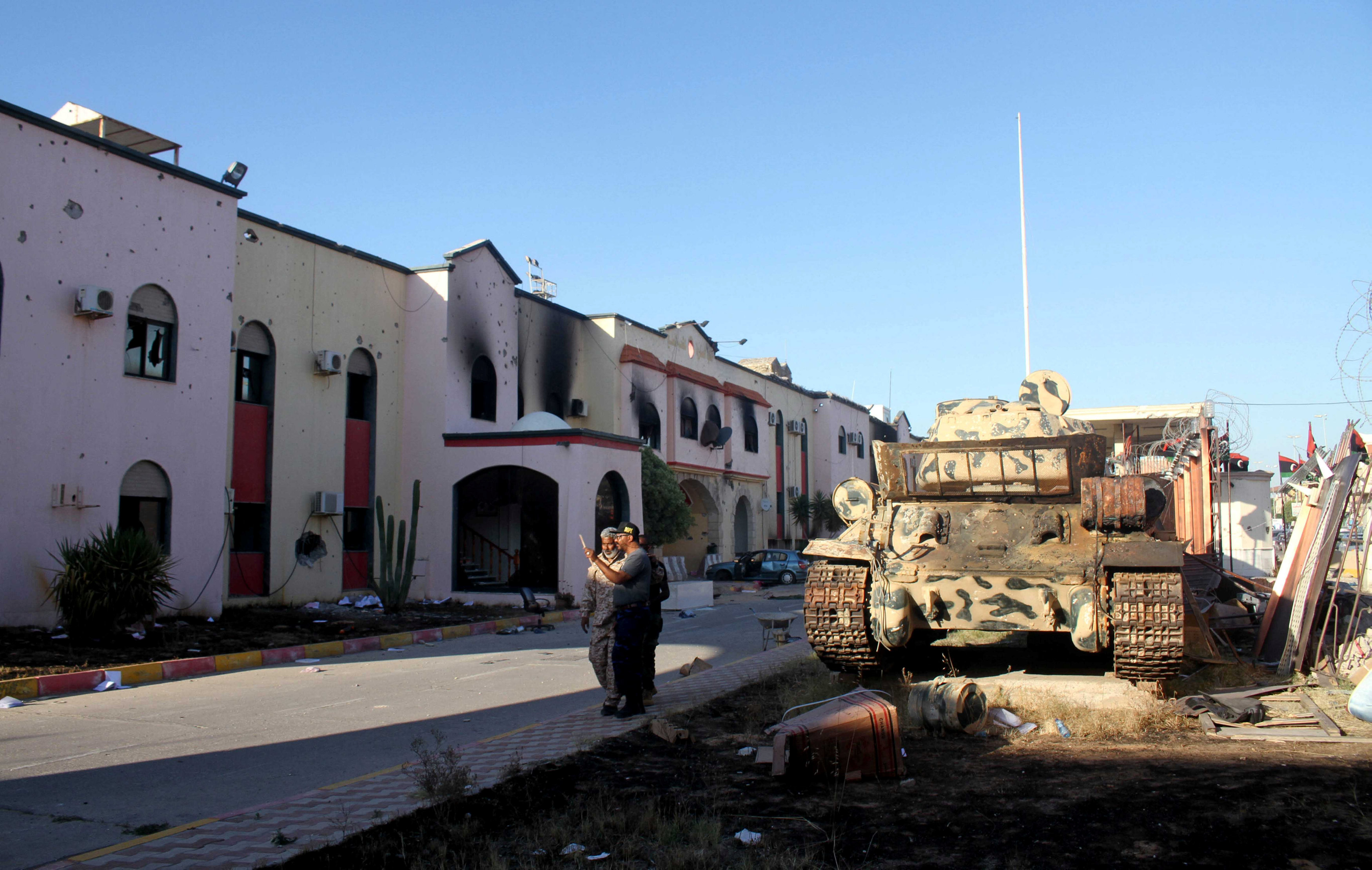 East Libyan forces take desert air base as they push west
