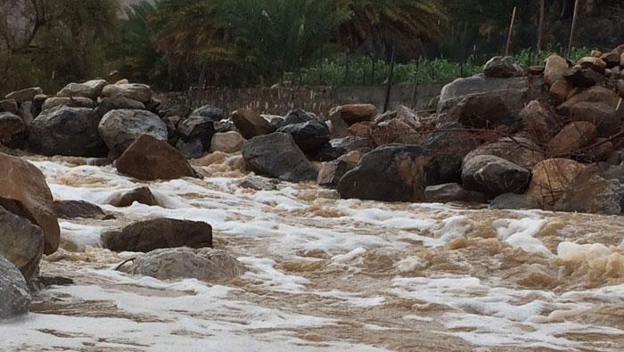 Light rain falls in parts of Oman