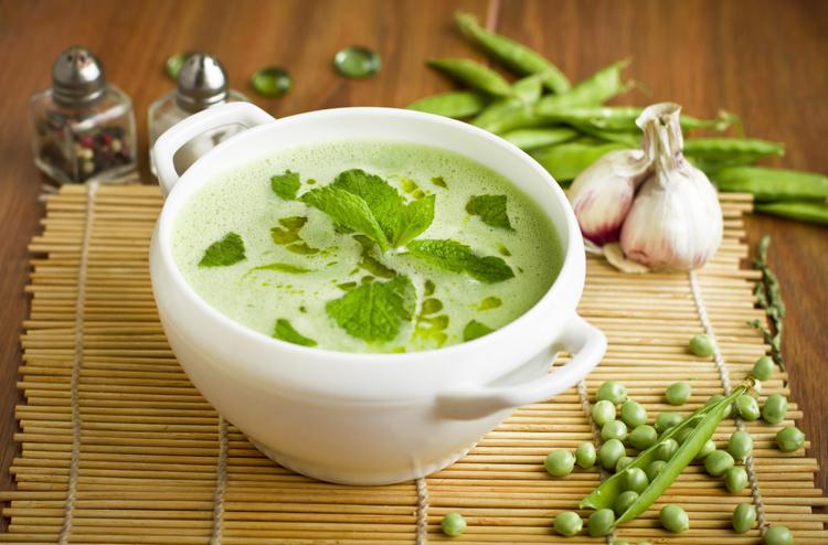 Ramadan food: Easy fresh pea and mint soup