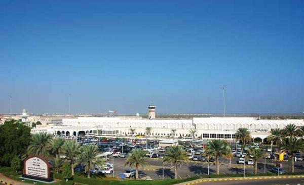 حركة المسافرين تنتعش عبر مطاري مسقط وصلالة