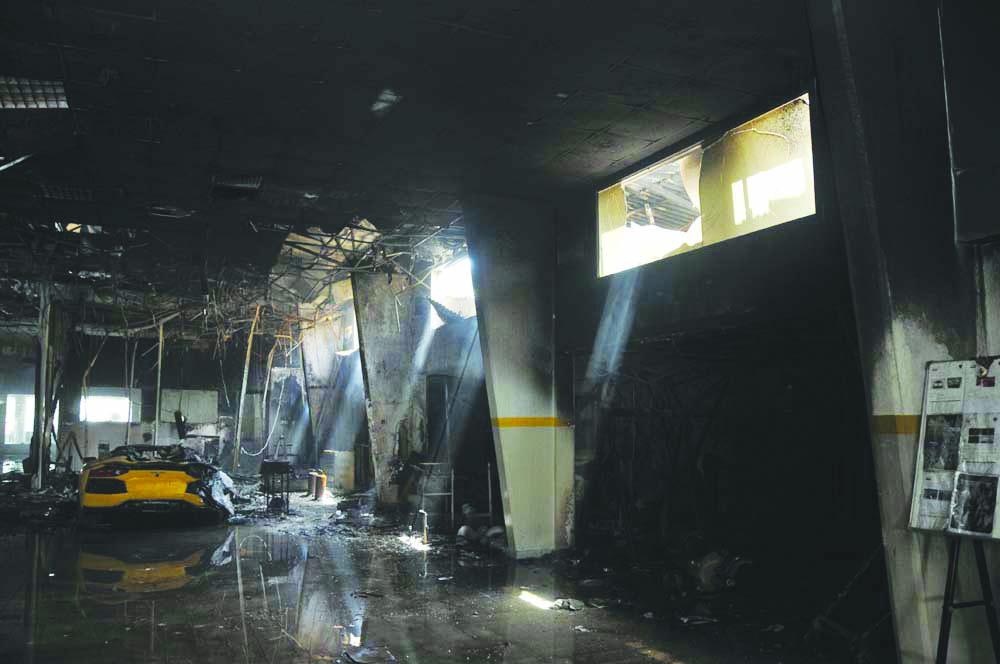 حريق بوكالة الشنفري للسيارات بالخوير