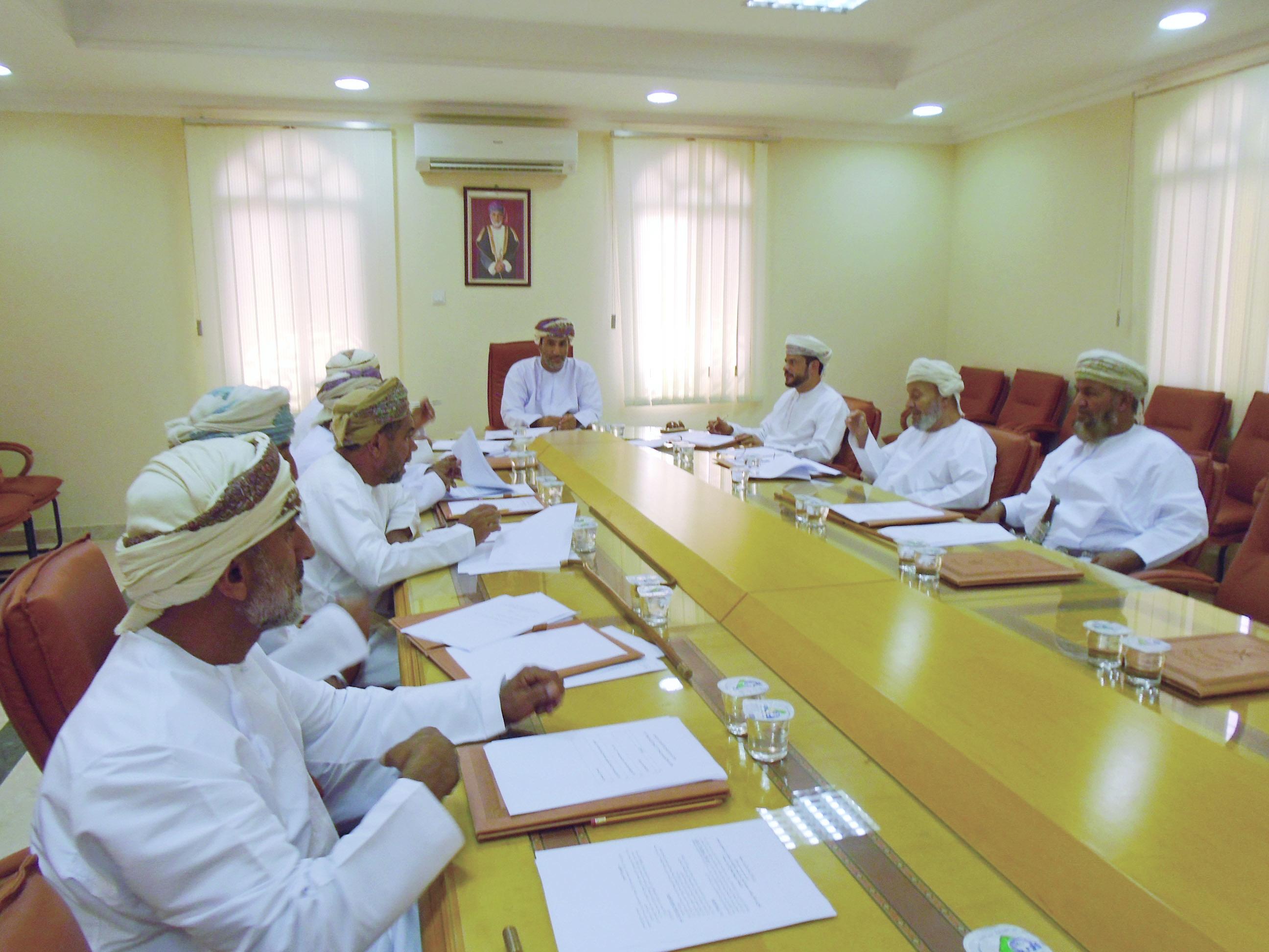 لجنة سنن البحر بجعلان بني بوعلي تناقش الإعلان عن الترشح لعضويتها