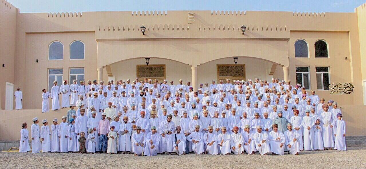 أهالي المسفاة بالرستاق يحتفون باكتمال مجلسهم العام