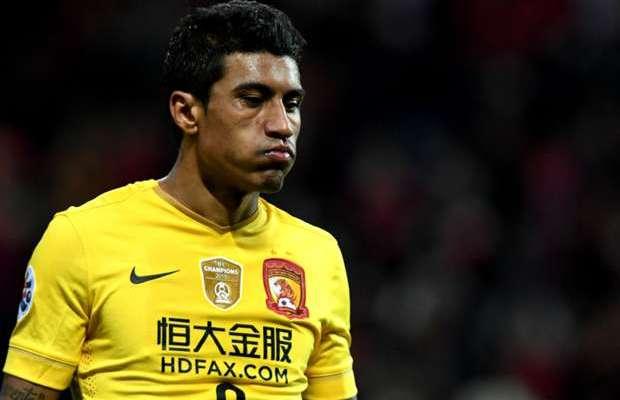 باولينيو يوافق على الانتقال إلى برشلونة وينتظر الاتفاق مع جوانزو