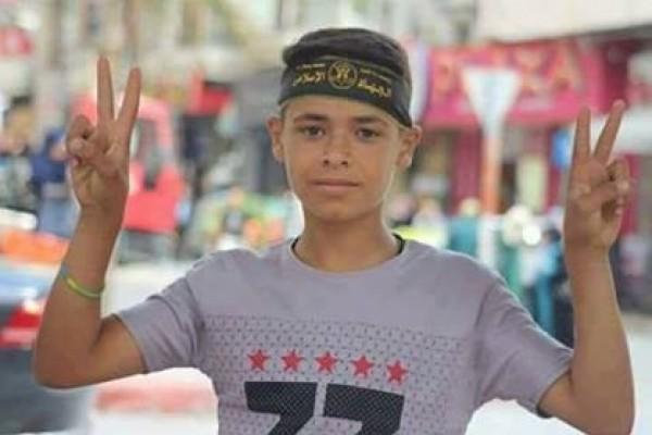 الحكم 7 أشهر على الطفل الفلسطيني الأسير عمر شرقاوي