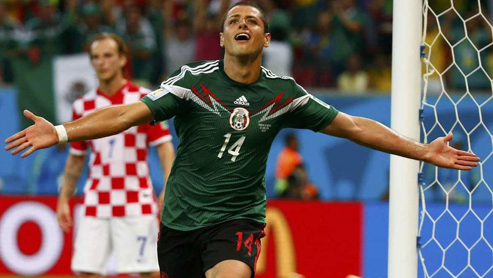Hernandez keen to hammer home importance of Old Trafford return