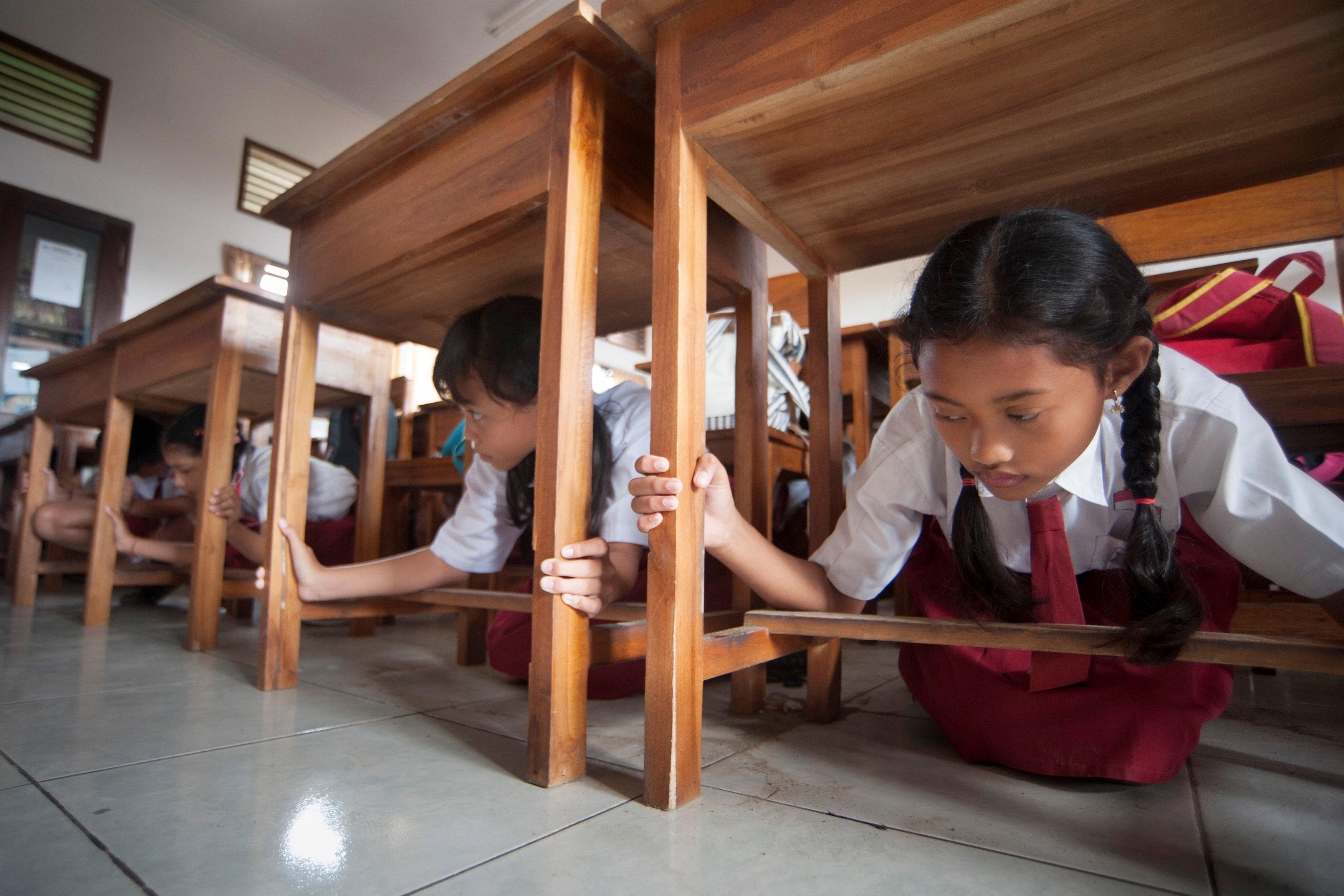 Bali's Tanjung Benoa 2 elementary holds tsunami drills for schoolchildren