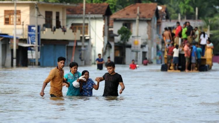 مقتل 39 شخصًا على الأقل جراء الفيضانات في بنجلاديش