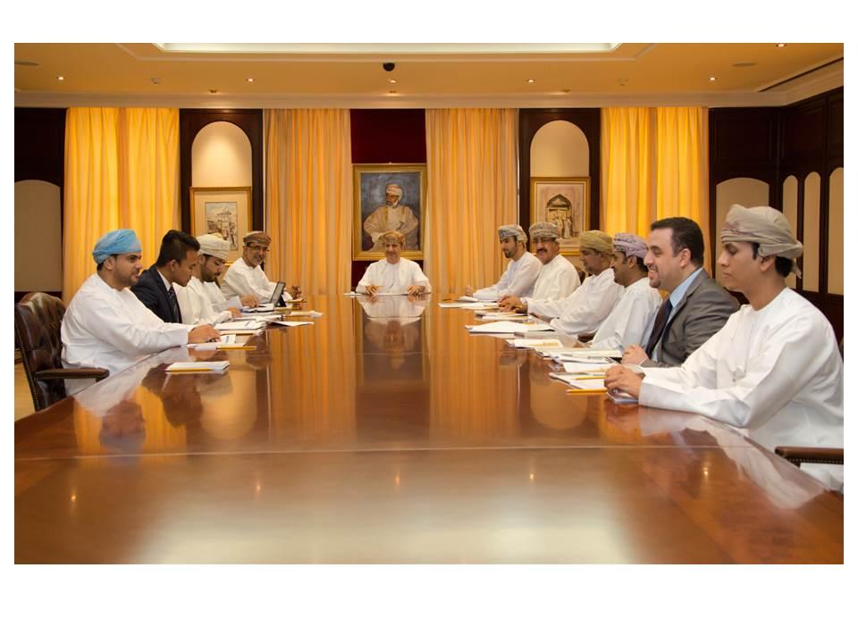 تنفيذ يناقش توصيات مبادرة إنشاء مؤسستين حكوميتين لإدارة المشاريع الحكومية