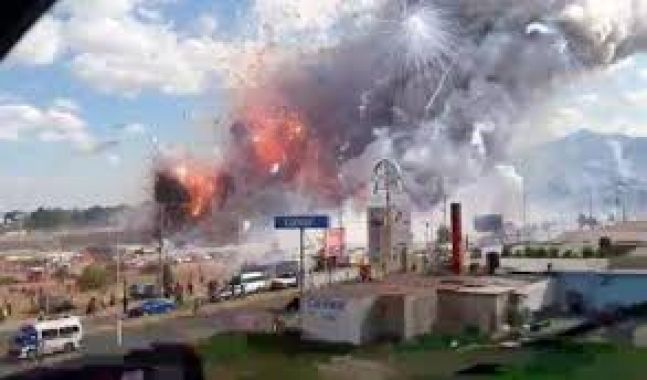مقتل شخصين في انفجار بمصنع للألعاب النارية في المكسيك