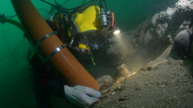 بالصور.. العثور على كنز ثمين في سفينة غرقت منذ 277 عاما
