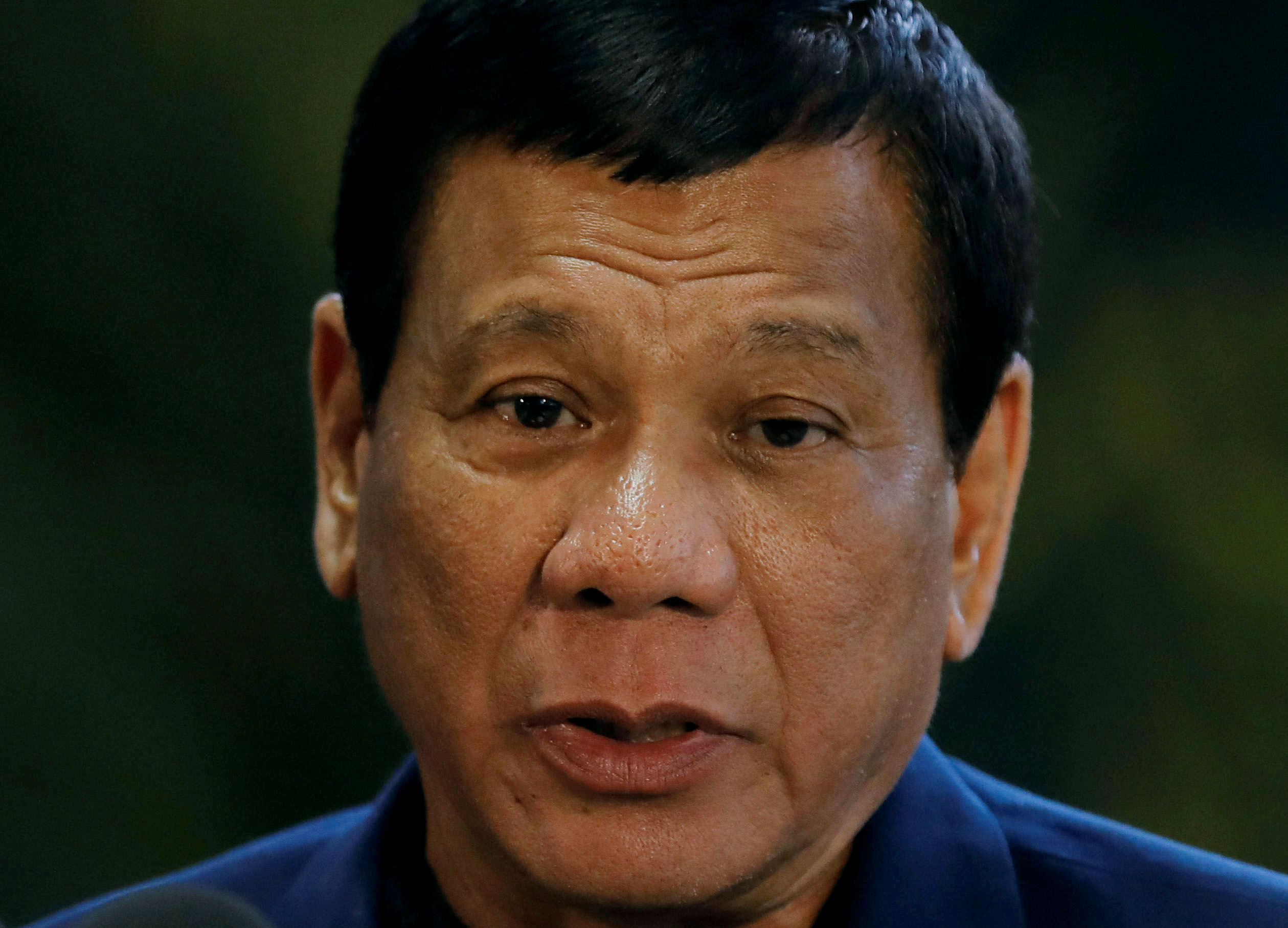 Philippine president to ask Congress for 20,000 new troops to fight extremists
