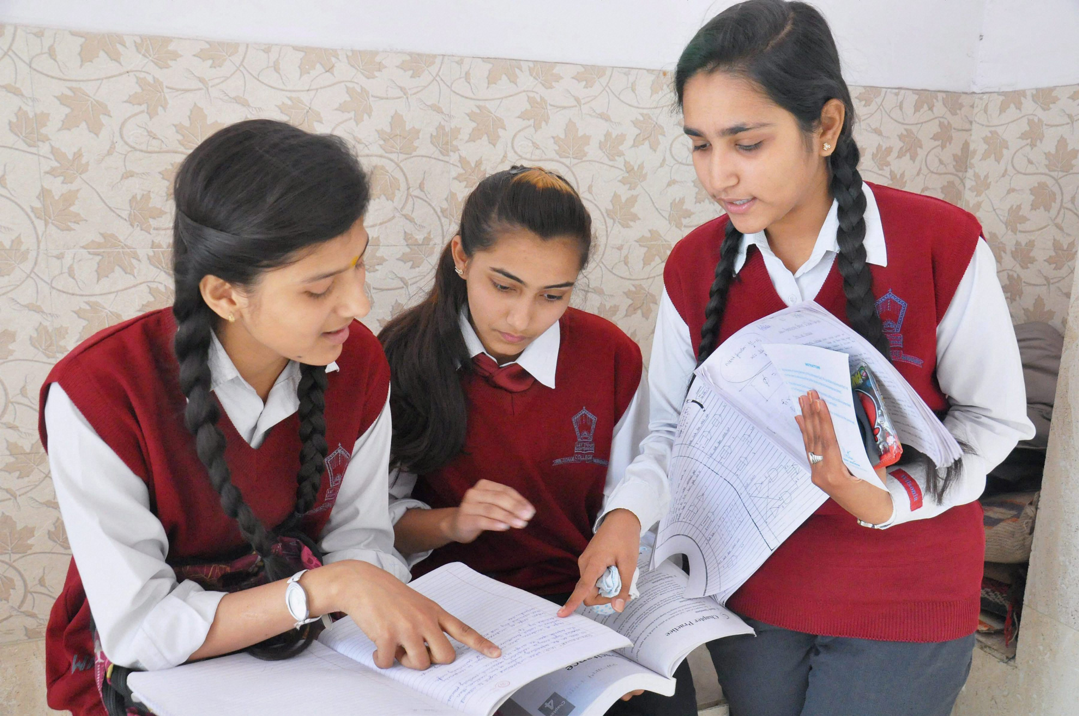 Indian Institute of Technology entrance exam to go completely online from next year