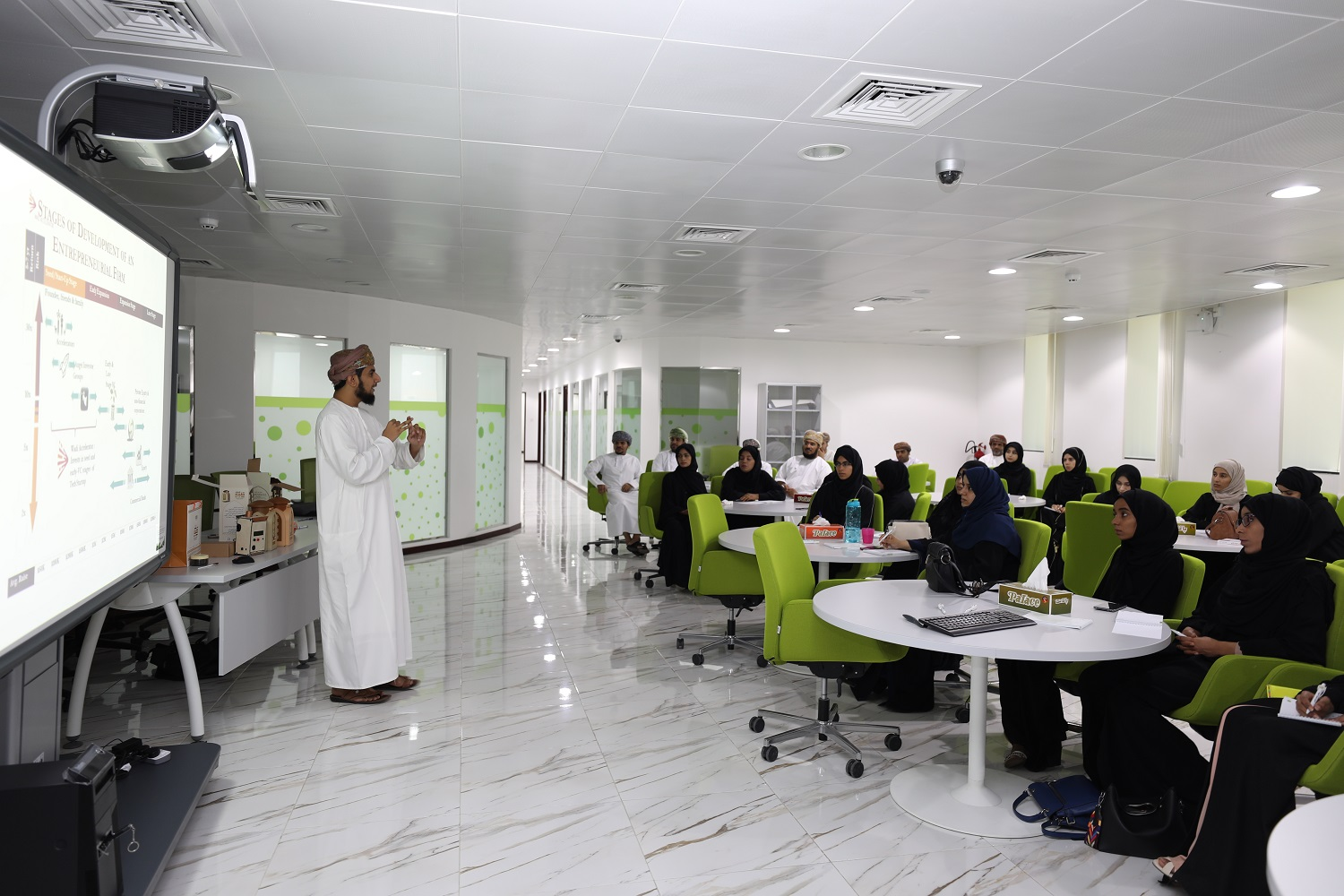 The Research Council holds workshop on successful innovation in Oman
