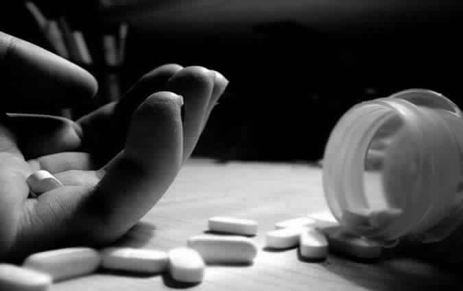دراسة: الأمراض المزمنة وراء ارتفاع معدلات الانتحار بين الشباب