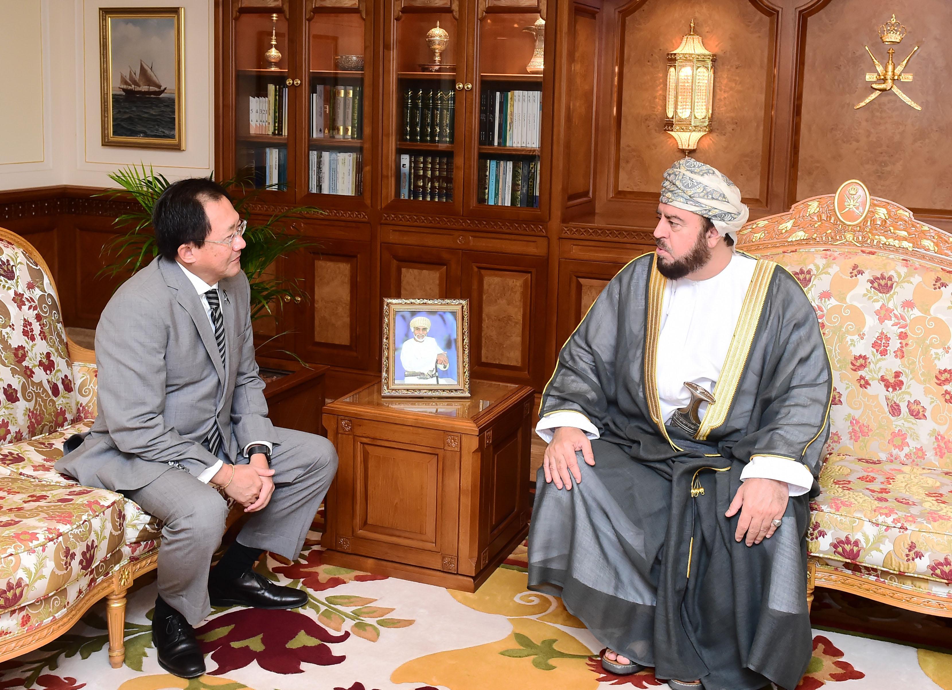 السيد أسعد بن طارق يستقبل سفيري تايلند والنيبال