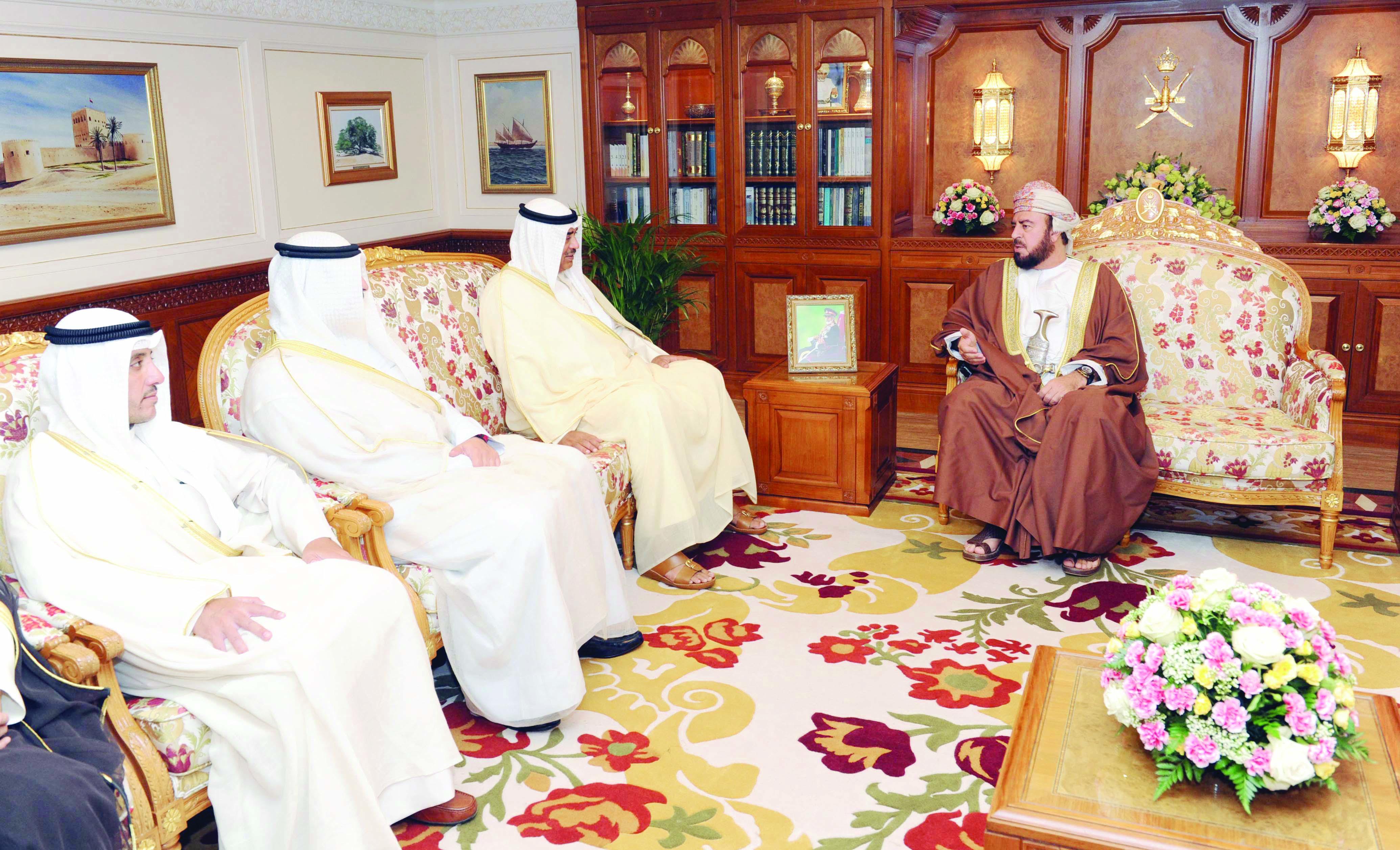جـلالــة السـلطـان يتـلقــىرسالة خطية من أمير الكويت
