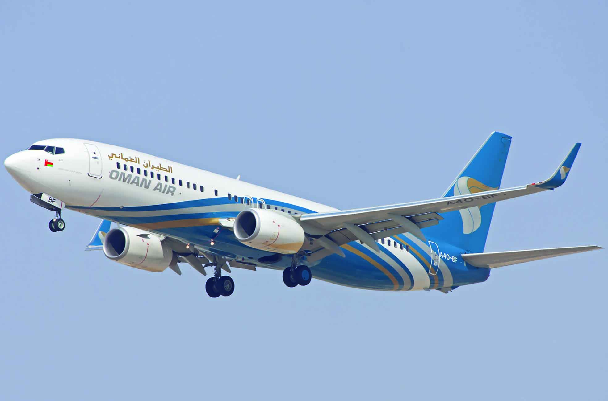 الرئيس التنفيذي للطيران العُماني يزور وجهات الخطوط الرئيسية