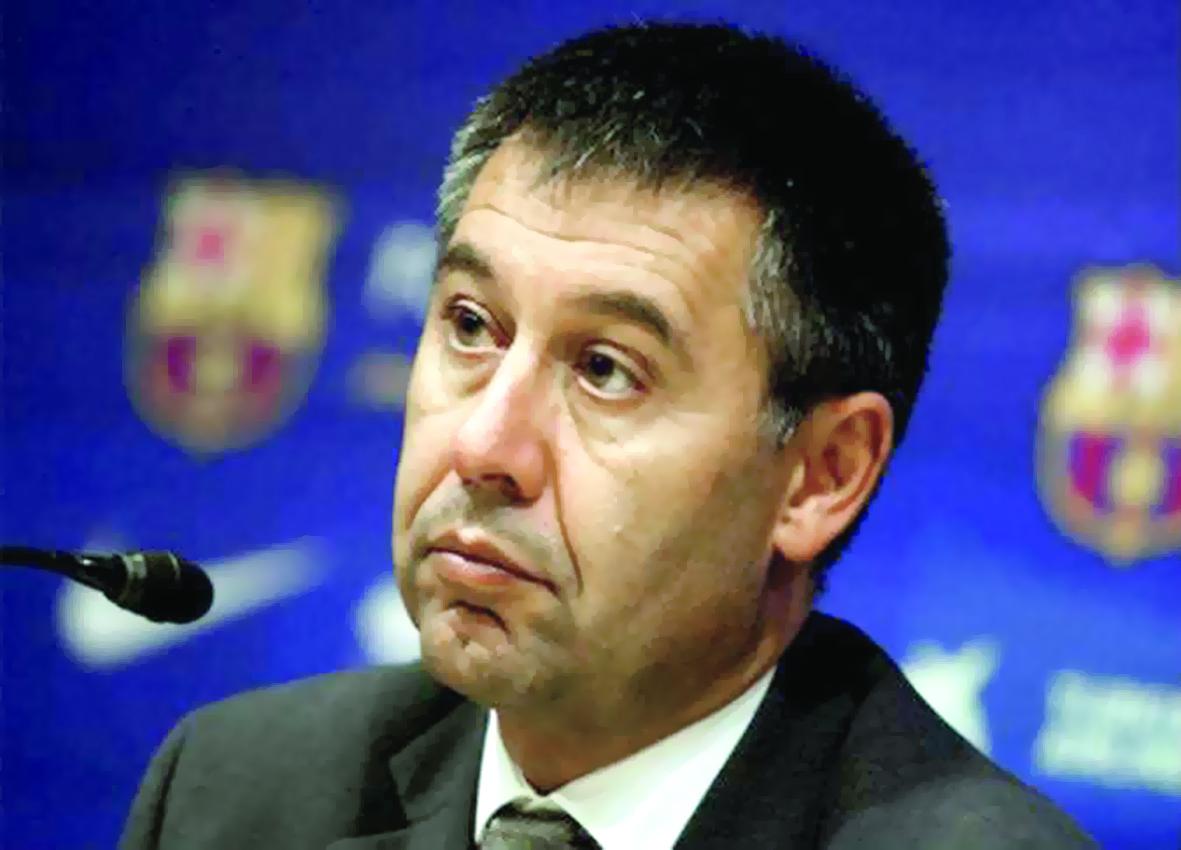علاقة بارتوميو بنجوم برشلونة في أسوأ حالاتها