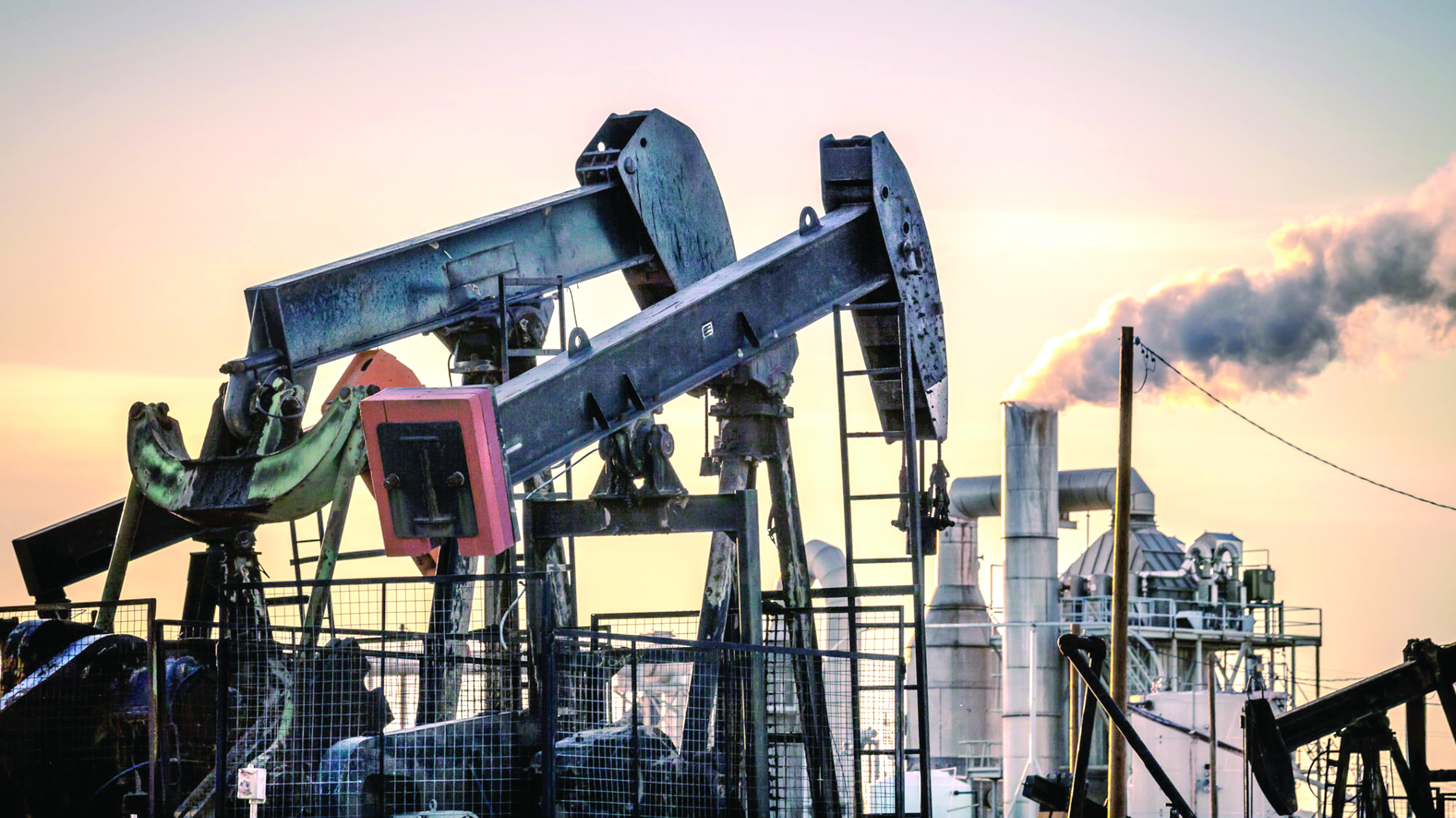 هل تعلن الطاقة البديلة انتهاء العصر النفطي؟