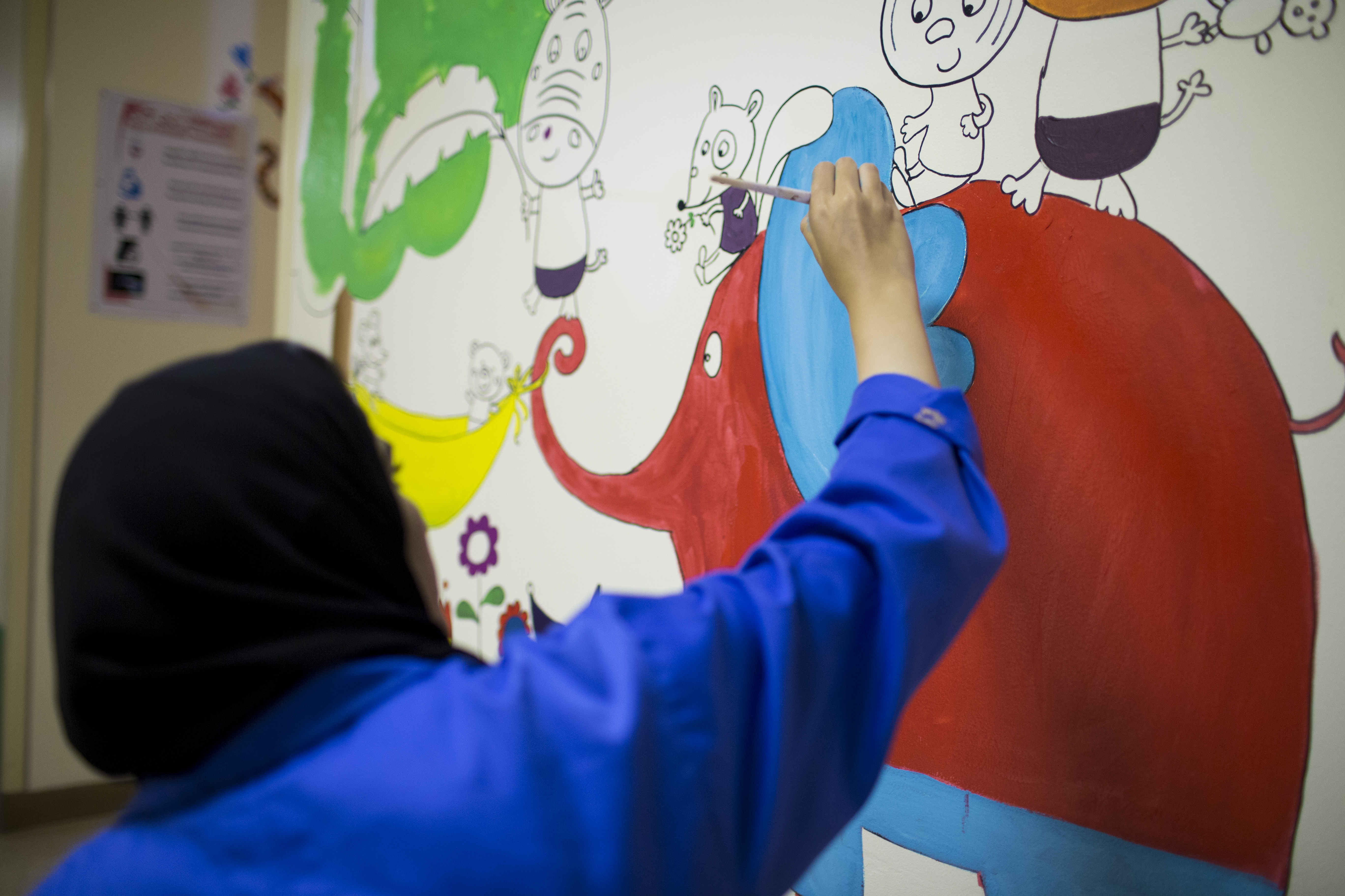 Omantel 'Colour Their World' brings cheer to children at Royal Hospital