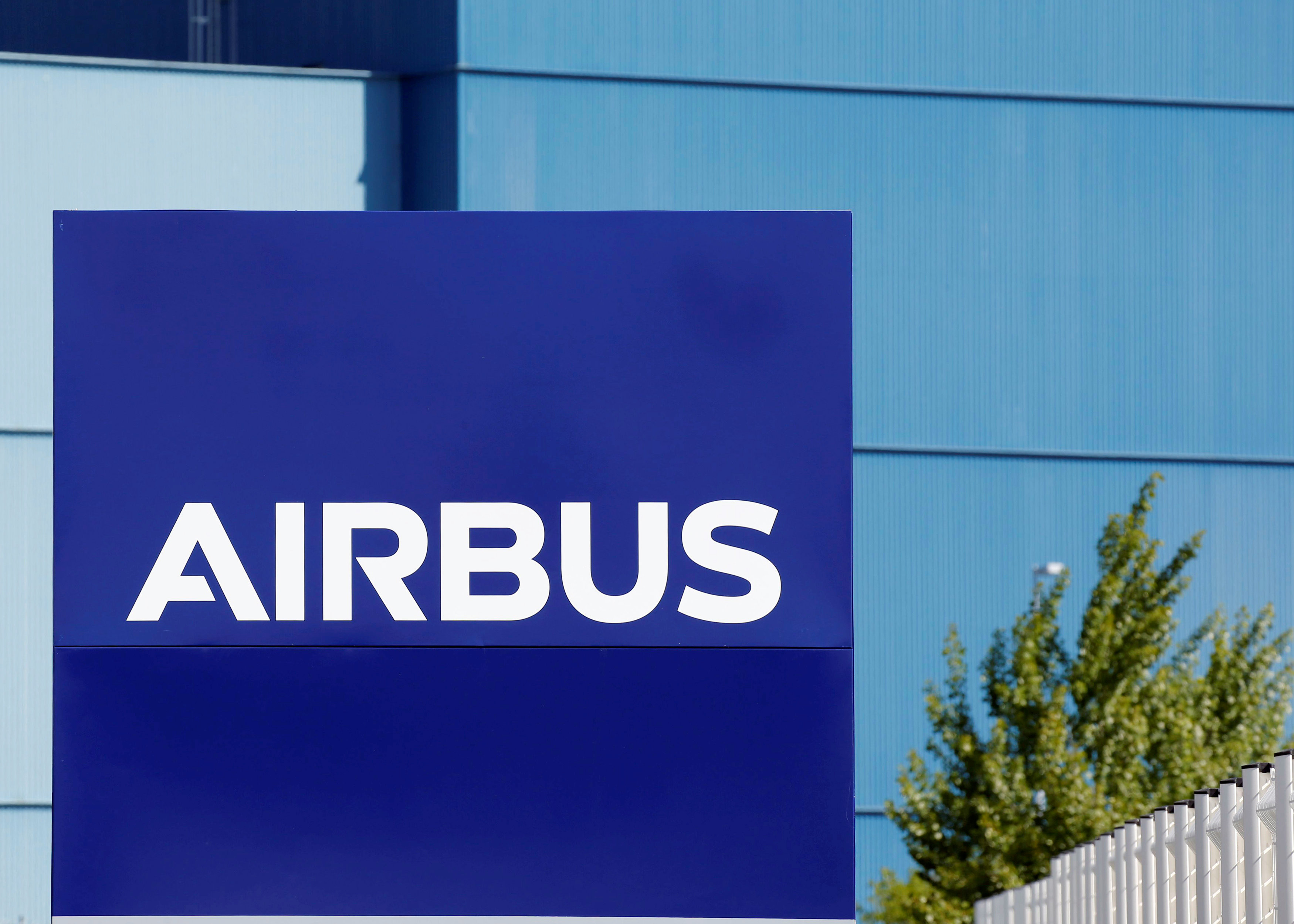 Airbus faces lengthy probe, no quick fine