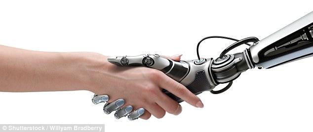 """روبوت """" عاطفي """" يكتشف شخصيتك من المصافحة"""
