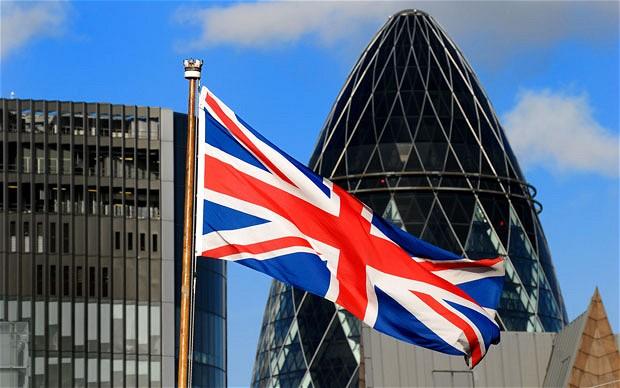 بريطانيا: الإيرادات الضريبية تخفض عجز الموازنة