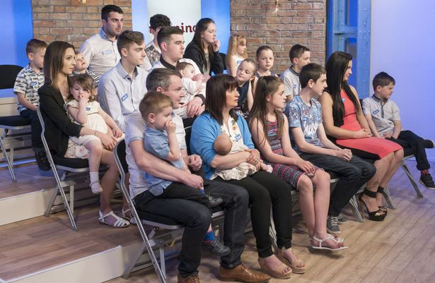 أكبر عائلة في بريطانيا تستقبل الطفل الـ20