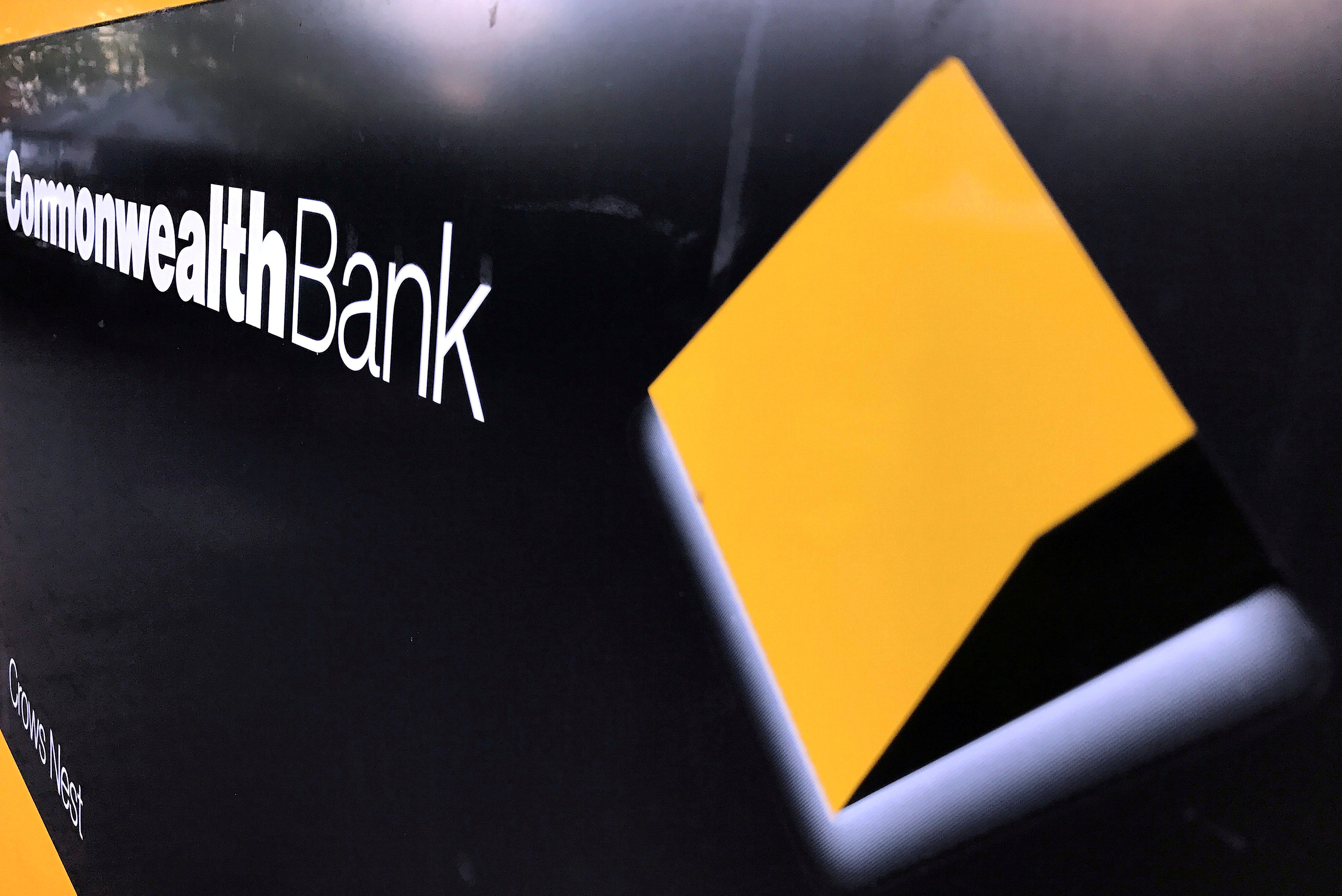 Heads roll at Australia's Commonwealth Bank of Australia amid money-laundering scandal