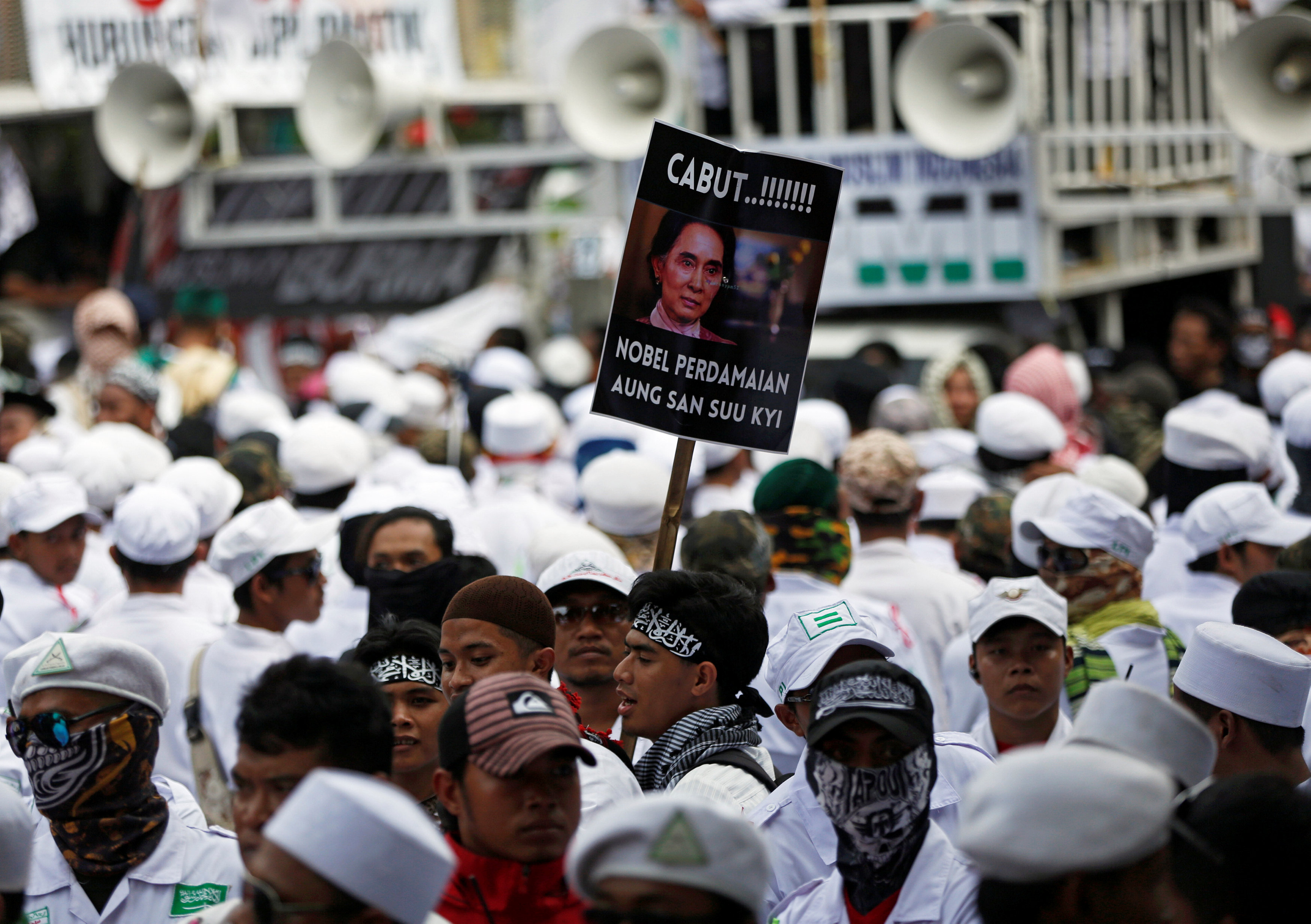 Thousands of Indonesians rally in anti-Myanmar protest in Jakarta