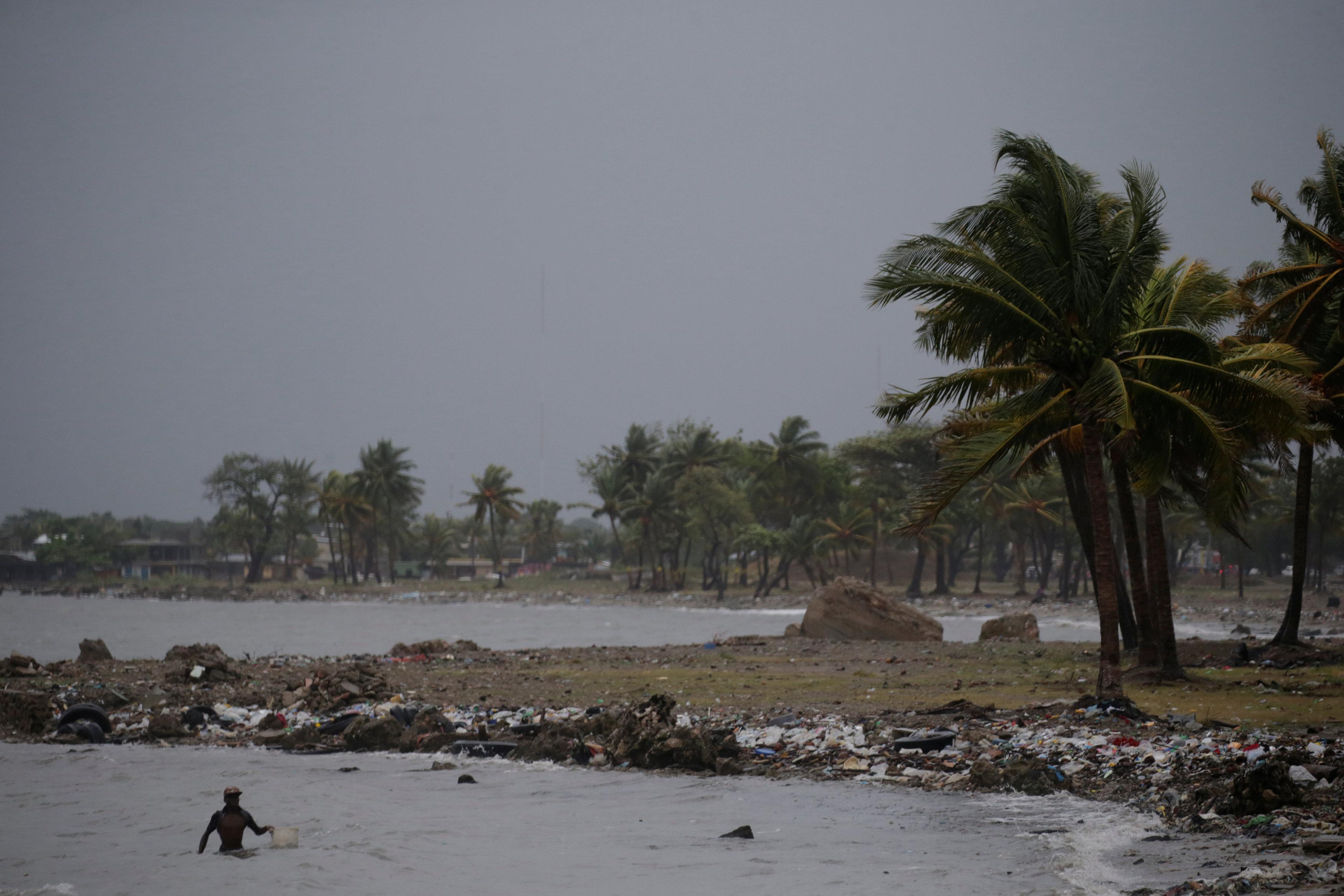 """صور توثق الدمار الذي ألحقه إعصار ايرما بـ """"الكاريبي"""""""