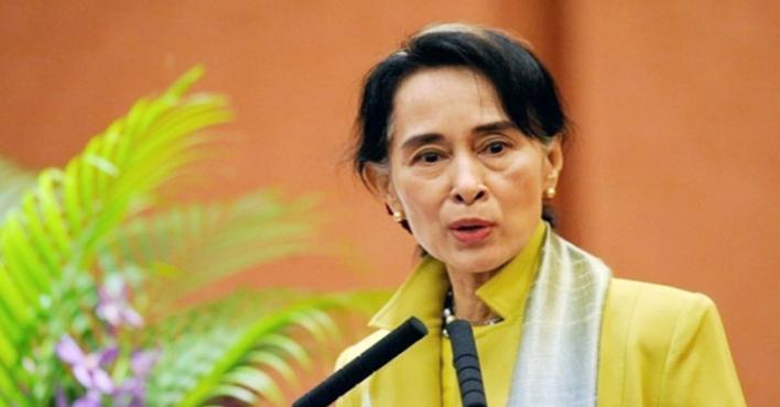 """مستشار سابق بلجنة نوبل """"محبط """" بسبب رد فعل رئيسة ميانمار تجاه ما يحدث للروهينجا"""