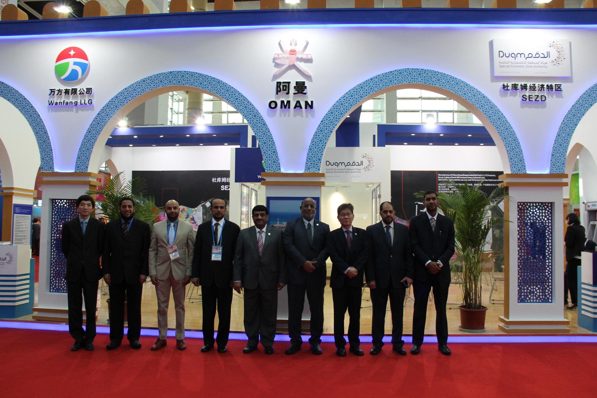 جناح السلطنة في معرض الصين والدول العربية يحظى باهتمام الزوار