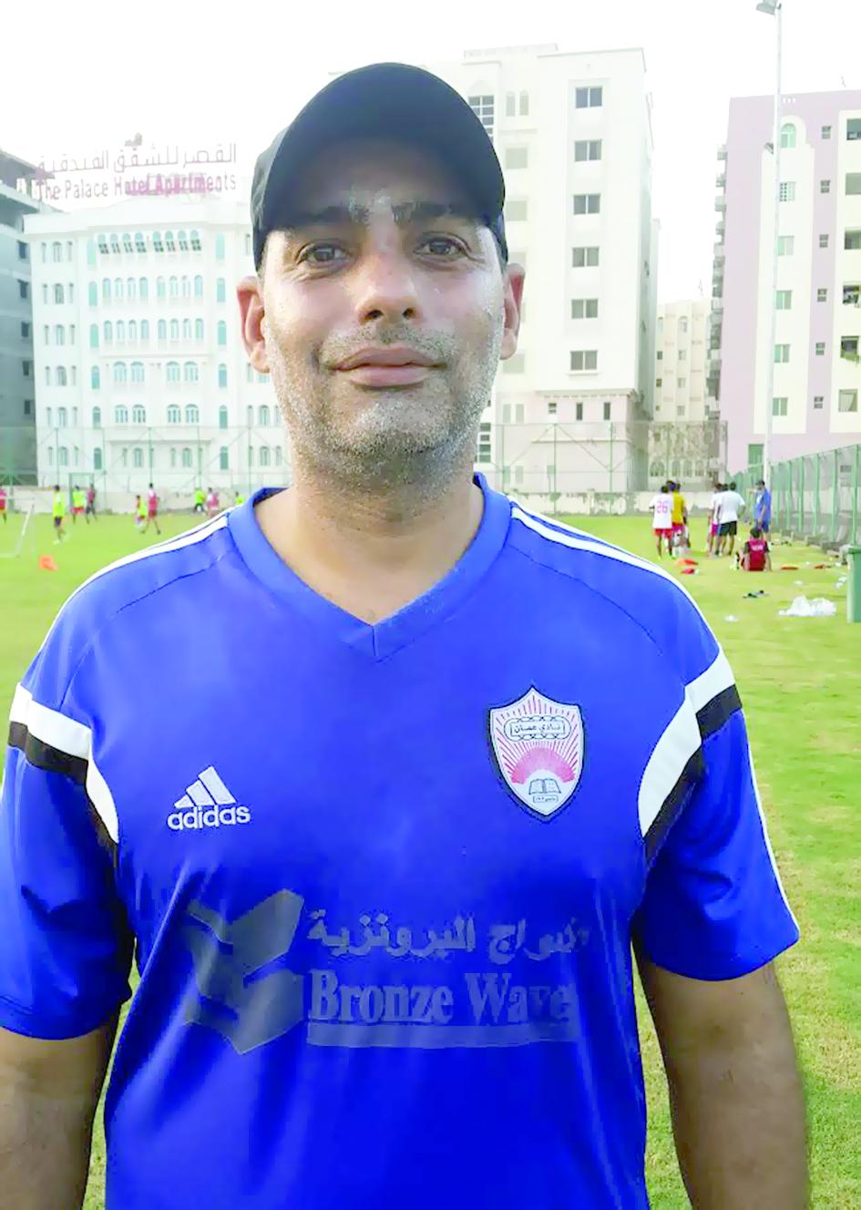 أكمل جاهزيته لانطلاق دوري عمانتلنادي عمان لكرة القدم يرفع شعار الهمة نحو القمة
