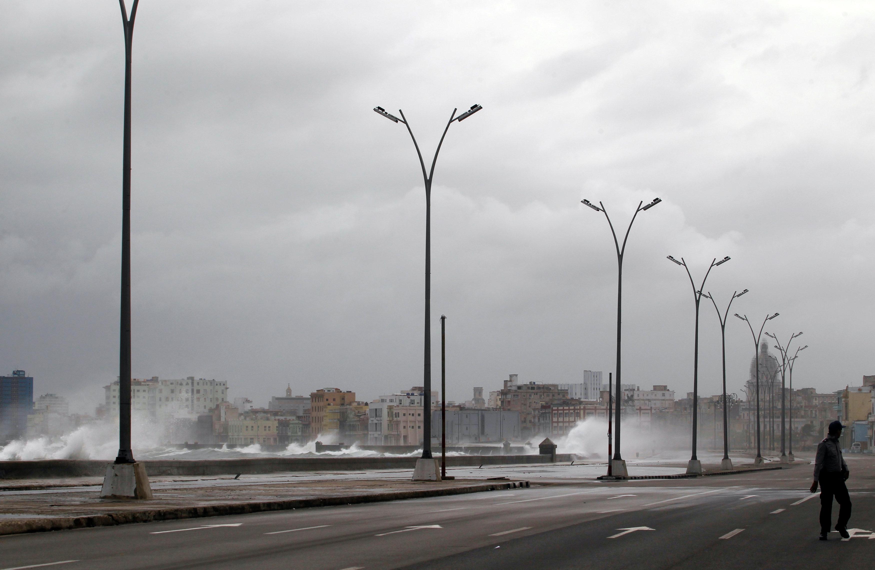 صور من كوبا قبيل مرور إعصار إرما