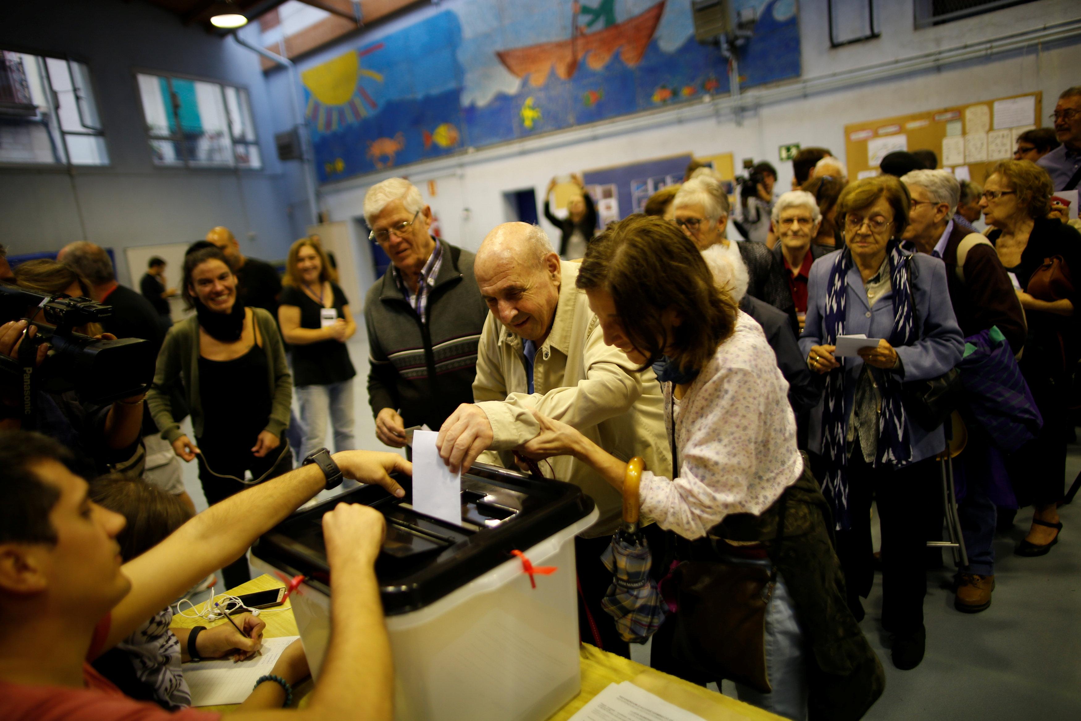 هل يختار الكتالونيون الانفصال في حال إتمام الاستفتاء؟