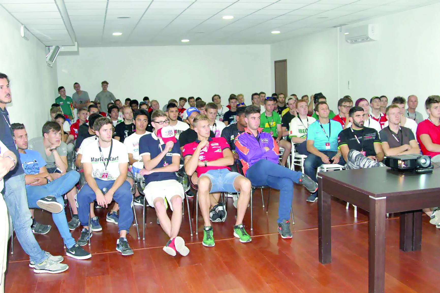 400 مشارك يمثلون 59 دولةالرواحي ثالثاً في أول أيام بطولة «أكس 30» العالمية
